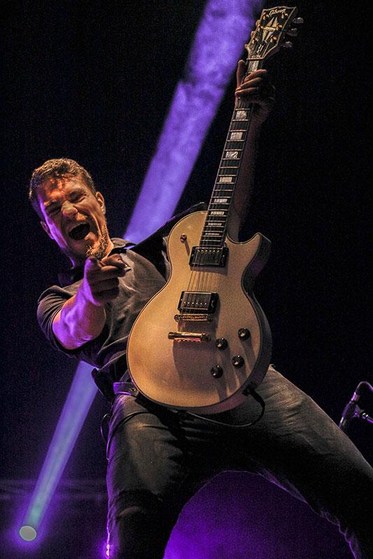 Nadye Guitarra